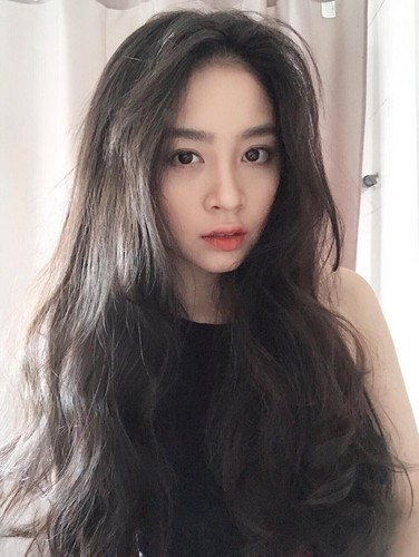 Ngay ngat voi ve dep nu sinh truong quoc te Anh - Viet-Hinh-3