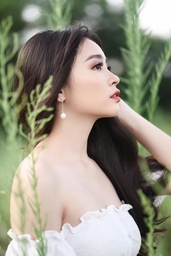 Ngay ngat voi ve dep nu sinh truong quoc te Anh - Viet-Hinh-5