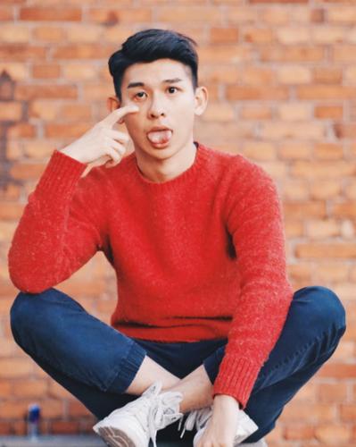 Hot boy Hong Kong noi tieng nho khuon mat dep nhu tai tu-Hinh-7