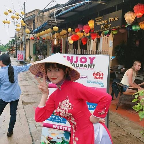 Nu sinh DH Hoa Sen sieu nhi nhanh va dang yeu-Hinh-8