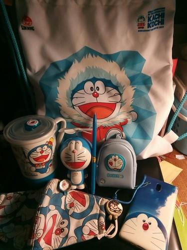 "Bat ngo voi do ""chiu choi"" cua thanh cuong meo may Doraemon-Hinh-3"
