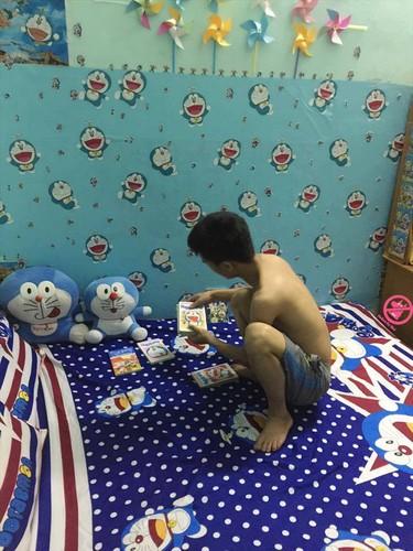 """Bat ngo voi do """"chiu choi"""" cua thanh cuong meo may Doraemon"""