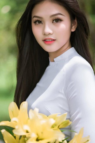Nu sinh 10X Dong Nai khoe sac ben ao dai trang-Hinh-5
