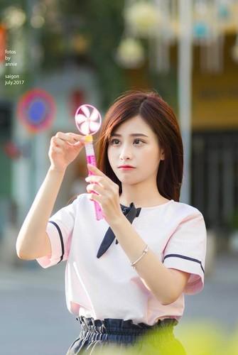 "Nu sinh truong Nghe thuat Quan doi ""gay me"" dan mang-Hinh-4"