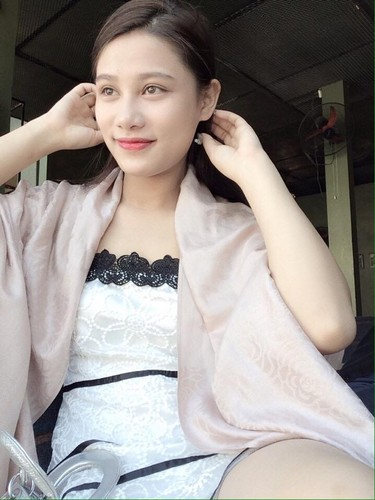 Gai xinh 10X Quang Ninh so huu ve dep lai cuc an tuong-Hinh-10