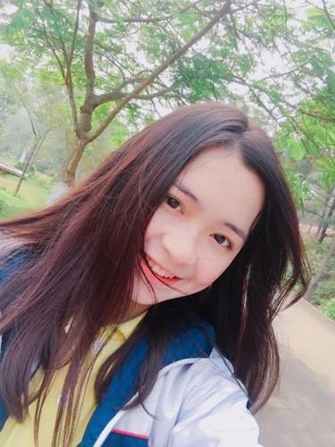 """Nhan sac """"khong ty vet"""" cua nu sinh 10X Nghe An-Hinh-3"""