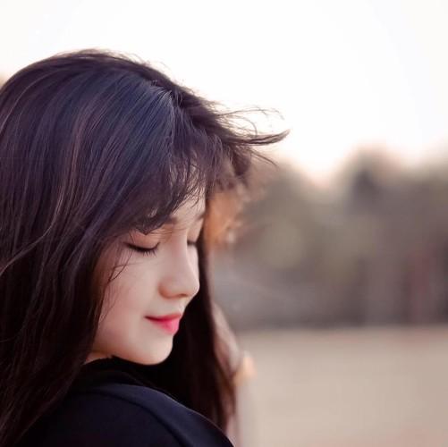 """Hot girl Quang Nam """"trang xinh khong ty vet"""" gay sot mang-Hinh-4"""