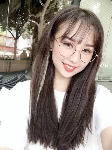 "Gai xinh ""soan ngoi"" Linh Ka lam dan tinh day song-Hinh-10"