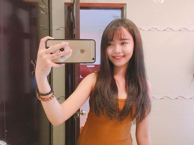 Gai xinh khoa IT truong DH Cong nghe Thuc pham khoe sac-Hinh-9