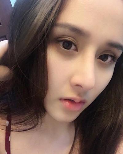 """Nho """"dao keo"""", nu sinh truong Luat lot xac khong tuong-Hinh-2"""