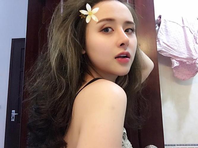 """Nho """"dao keo"""", nu sinh truong Luat lot xac khong tuong-Hinh-8"""
