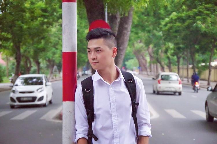 """""""Nam than canh sat"""" khong tuoi khien dan mang me dam-Hinh-6"""