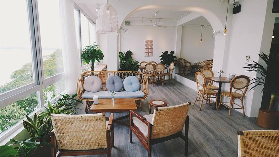 Gioi tre Ha thanh check-in quan cafe ngam toan canh Ho Tay-Hinh-6