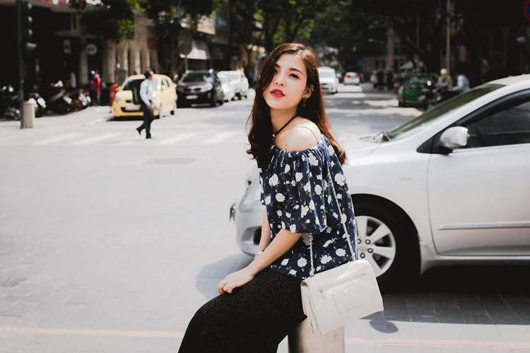 Nu MC the thao Viet khoe dang dep hop hon khan gia tre-Hinh-10