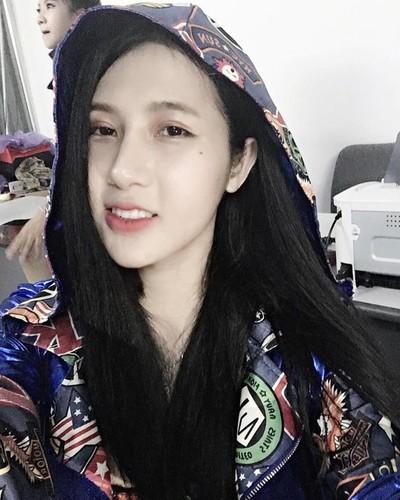 Mat moc lang min, tuoi tan cua hot girl chuyen gioi Tram Anh-Hinh-3