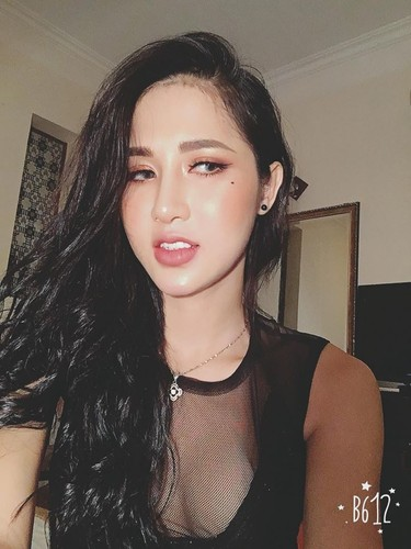 Mat moc lang min, tuoi tan cua hot girl chuyen gioi Tram Anh-Hinh-8