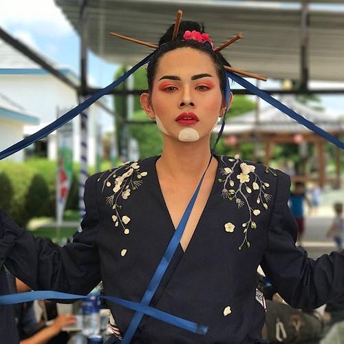 "An tuong ""ve dep luong tinh"" cua nam sinh 10X Sai Gon-Hinh-6"