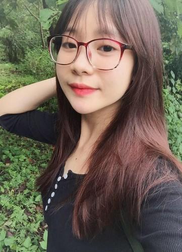 Thu khoa Hoc vien Tai chinh duoc nguoi nguoi theo duoi-Hinh-2