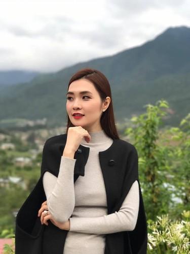 "Ba chu xinh dep va ""mau lua"" cua CLB bong ro Thanglong Warriors-Hinh-7"