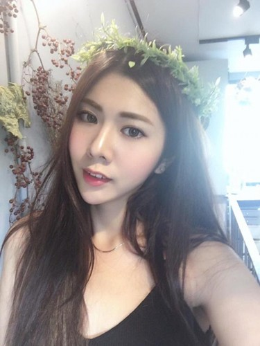 Chan dai hon 1m nhung lung lai ngan, hot girl gap phien toai-Hinh-7