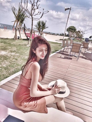 Chan dai hon 1m nhung lung lai ngan, hot girl gap phien toai-Hinh-9