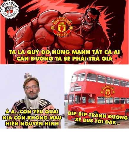 """Anh che bong da: Mourinho """"noi mot dang, lam mot neo"""""""