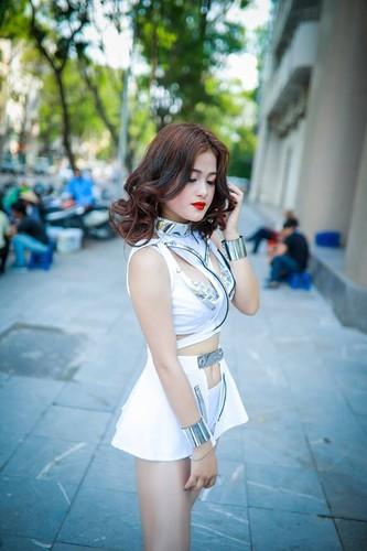 """Hot girl Lang Son co giong hat nhu """"rot mat vao tai""""-Hinh-4"""