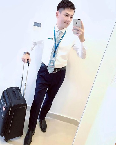 Hot boy Vietnam Airlines don tim dan mang Viet la ai?-Hinh-3