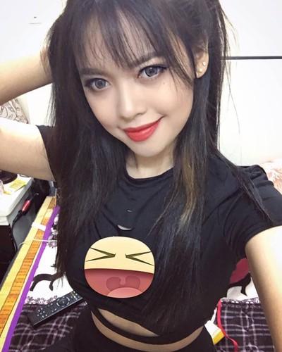 Nu giang vien DH Xay dung xinh nhu hot girl gay sot-Hinh-8