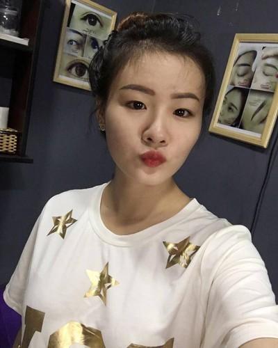 Co gai Sai Gon xam kin chan, me xe do day phong cach-Hinh-8
