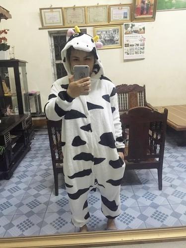 Hoi me bim sua thi nhau khoe qua 20/10 doc la chong tang-Hinh-2