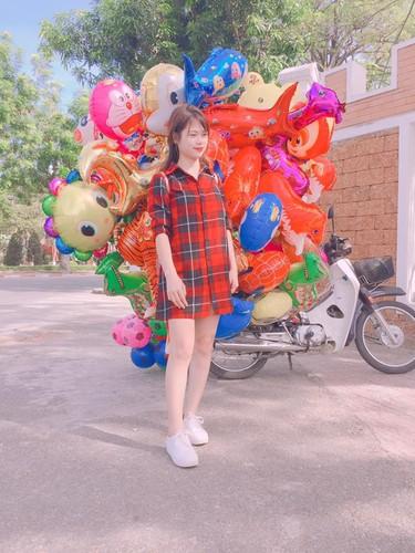 Hot girl xu Nghe vuot ngan trung the hien tinh yeu bong da-Hinh-7