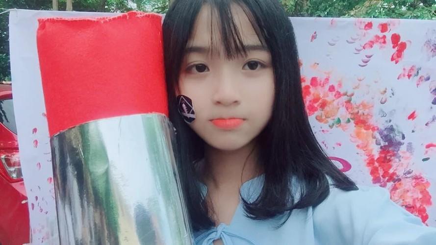 Nu sinh truong Phan Boi Chau noi nhu con bang chat giong la-Hinh-4