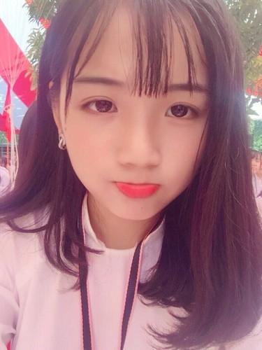 Nu sinh truong Phan Boi Chau noi nhu con bang chat giong la-Hinh-5