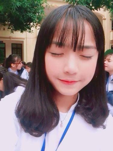 Nu sinh truong Phan Boi Chau noi nhu con bang chat giong la-Hinh-7