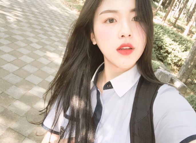 "Dien dong phuc, nu sinh Han Quoc thanh ""cuc pham my nhan""-Hinh-4"