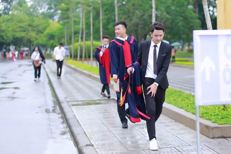 Hot boy truong Nong nghiep dep trai gay thuong nho-Hinh-6
