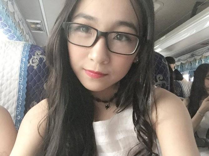 "Hot girl Ngoai thuong vua xinh vua nhay gioi ""don tim"" trai tre-Hinh-6"
