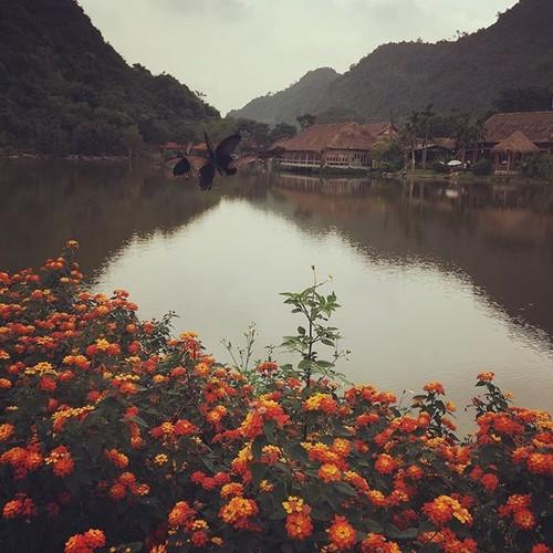 """""""Lac troi"""" truoc canh dep Thung Nham dip cuoi tuan-Hinh-3"""