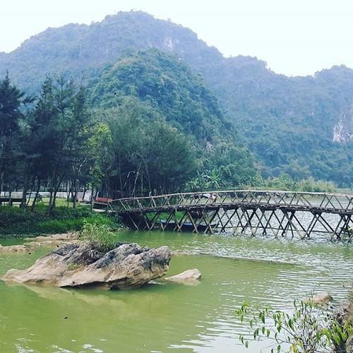 """""""Lac troi"""" truoc canh dep Thung Nham dip cuoi tuan-Hinh-9"""
