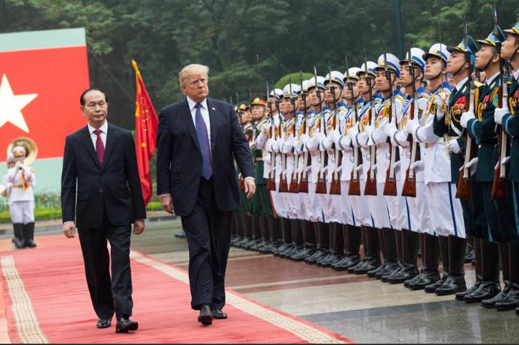 Tong thong My Donald Trump va hanh dong khien dan mang phan khich-Hinh-6