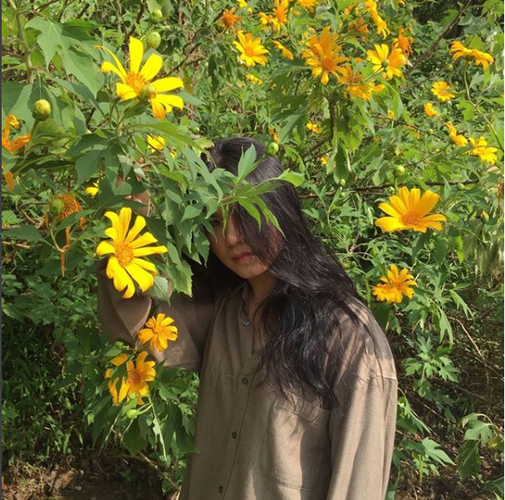 Tuyen tap gai xinh ben hoa da quy khien dan tinh xao xuyen-Hinh-5