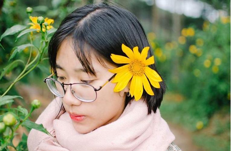Tuyen tap gai xinh ben hoa da quy khien dan tinh xao xuyen-Hinh-7