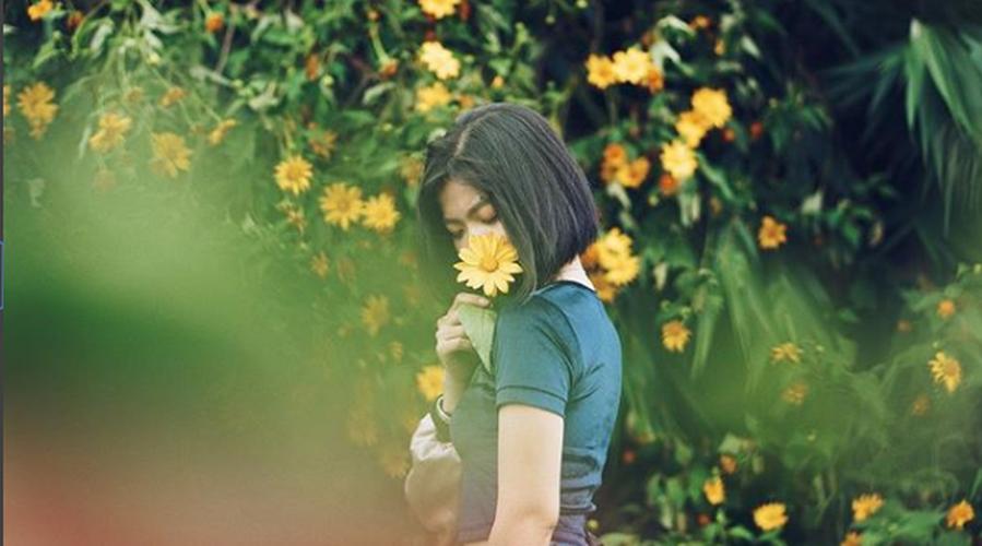 Tuyen tap gai xinh ben hoa da quy khien dan tinh xao xuyen-Hinh-8