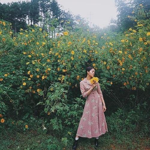Tuyen tap gai xinh ben hoa da quy khien dan tinh xao xuyen-Hinh-9