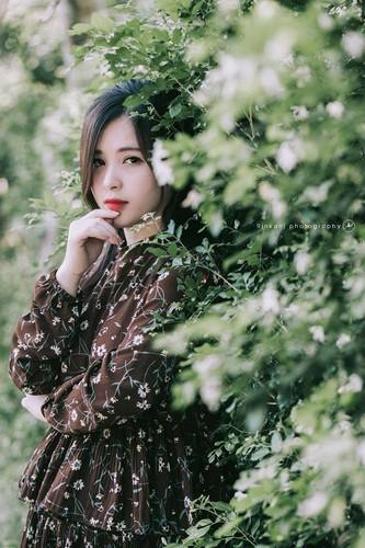 """Hot girl ao hong"" o My Dinh duoc khen xinh hon hoa hau-Hinh-5"