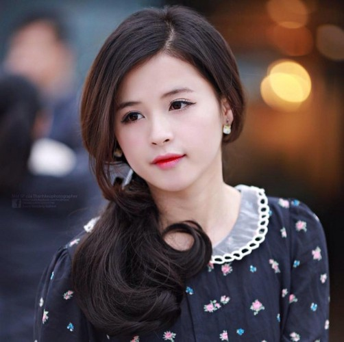 """Hot girl ao hong"" o My Dinh duoc khen xinh hon hoa hau-Hinh-7"