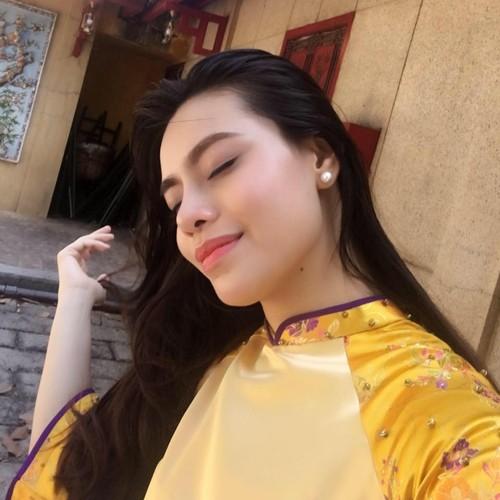 """Tiep vien hang khong xinh dep duoc menh danh """"em gai Ha Ho""""-Hinh-8"""