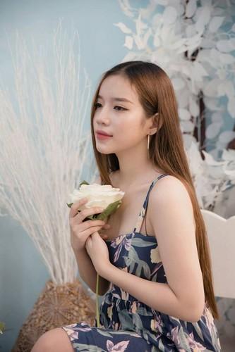 """Co gai Da Nang """"hat hay hon Chi Pu"""" co gi dac biet?-Hinh-8"""