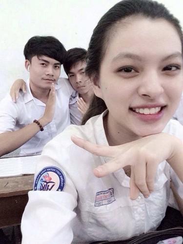 Soi anh thoi cap 3 cua cac hot girl Viet dinh dam-Hinh-6
